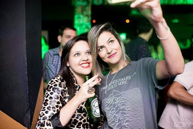 Party Music Dancing Friends Drinks Photography Heineken Love Rocks