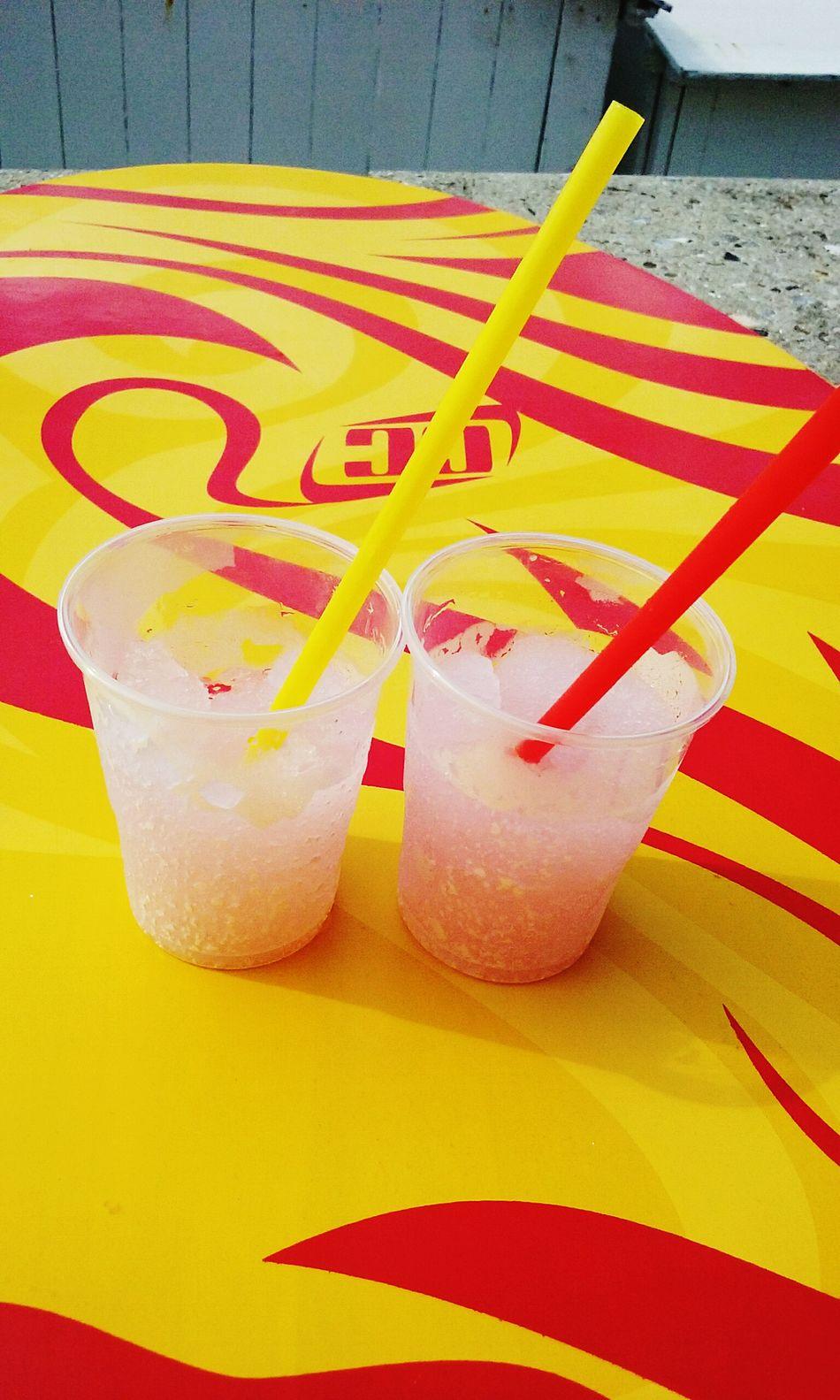 Playa Glaces Granita Amis  Amies Friends Skimboard Love Yellow Red
