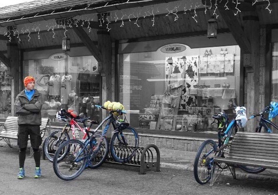 Bicycle Men Enduromtb Blue Color Shops Bike Tour Italy Alps