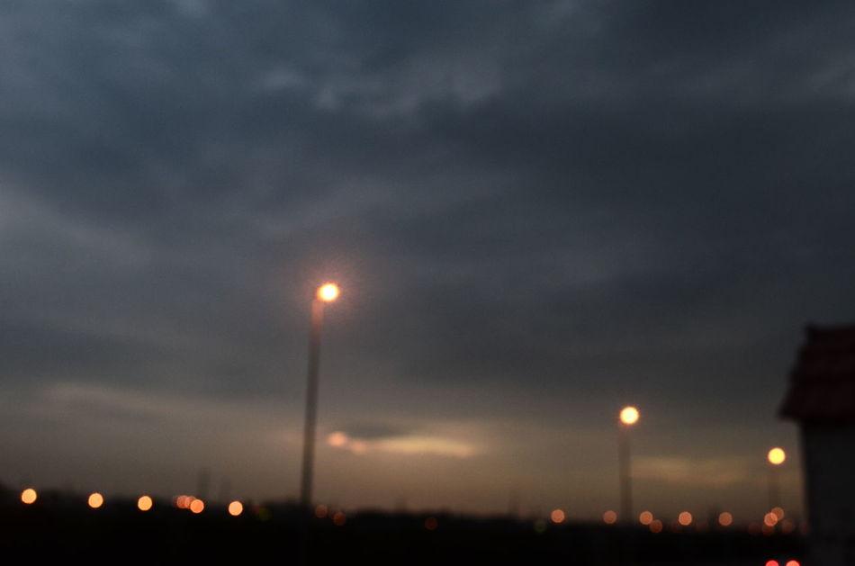 يمكن مع الآيـآم ؛ نرجع ونشتآق ! و يمكن مع الآيام / ننسى بعضنآ ! Ad Dammam Aljubail Cloud - Sky Daylight RASTUNORAH Sky