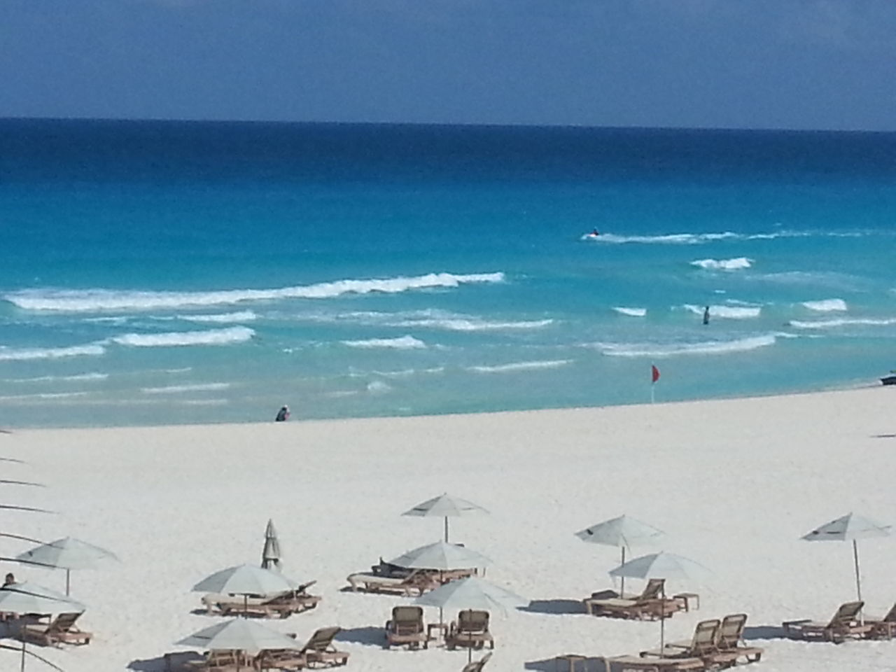 Wish I was here now Sea Beach Flying Vacations Sand Horizon Over Water Water Outdoors Airplane Aerial View Nautical Vessel Scenics Beauty In Nature Day Nature Sky No People Lifeguard Hut Samsung Galaxy Note 5 Vacation Destination CancunMexico🌙