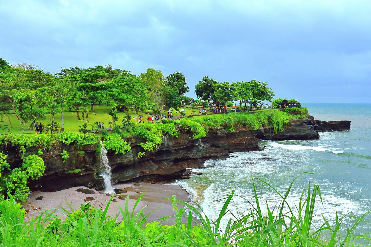 Tanah Lot, Bali Tanahlot Bali Bali, Indonesia Sea Beach Beautiful Nature Naturelovers Amazing Place Amazing Indonesia Wonderful Indonesia