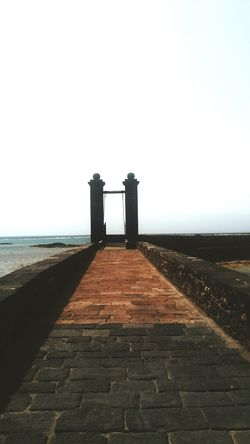 Lanzarote Lanzarote Island Lanzarote-Canarias Beach Day Gate Castle Horizon Over Water No People Sea Outdoors Nature Water Clear Sky Tranquility Great Outdoors Travel Beachside Beach Photography Scenics Lanzarote Places To See Greatview Travel Destinations Architecture Castle Gate