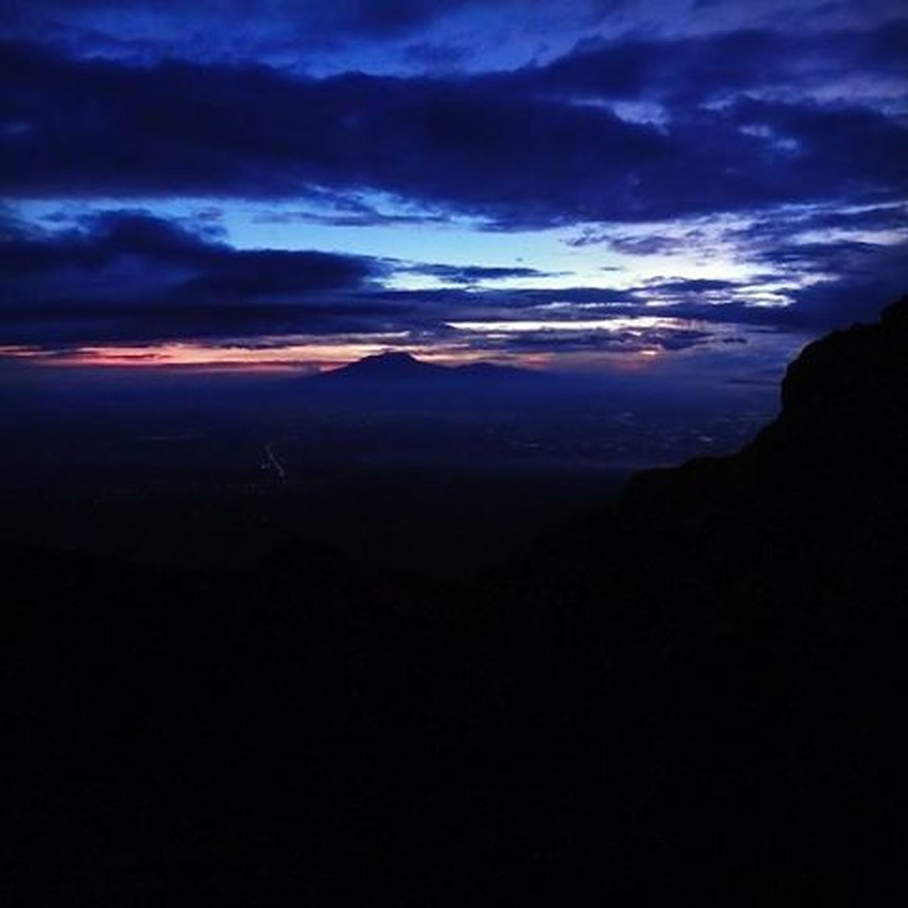 Sunrise seen from the top of Merapi Mount in Indonesia ThousandMilesJourney.com ASIA INDONESIA Explorejogja Exploreklaten Merapi Sunrise_sunsets_aroundworld Sunrises Backpacking Travelaroundtheworld Traveling Hiking Volcano