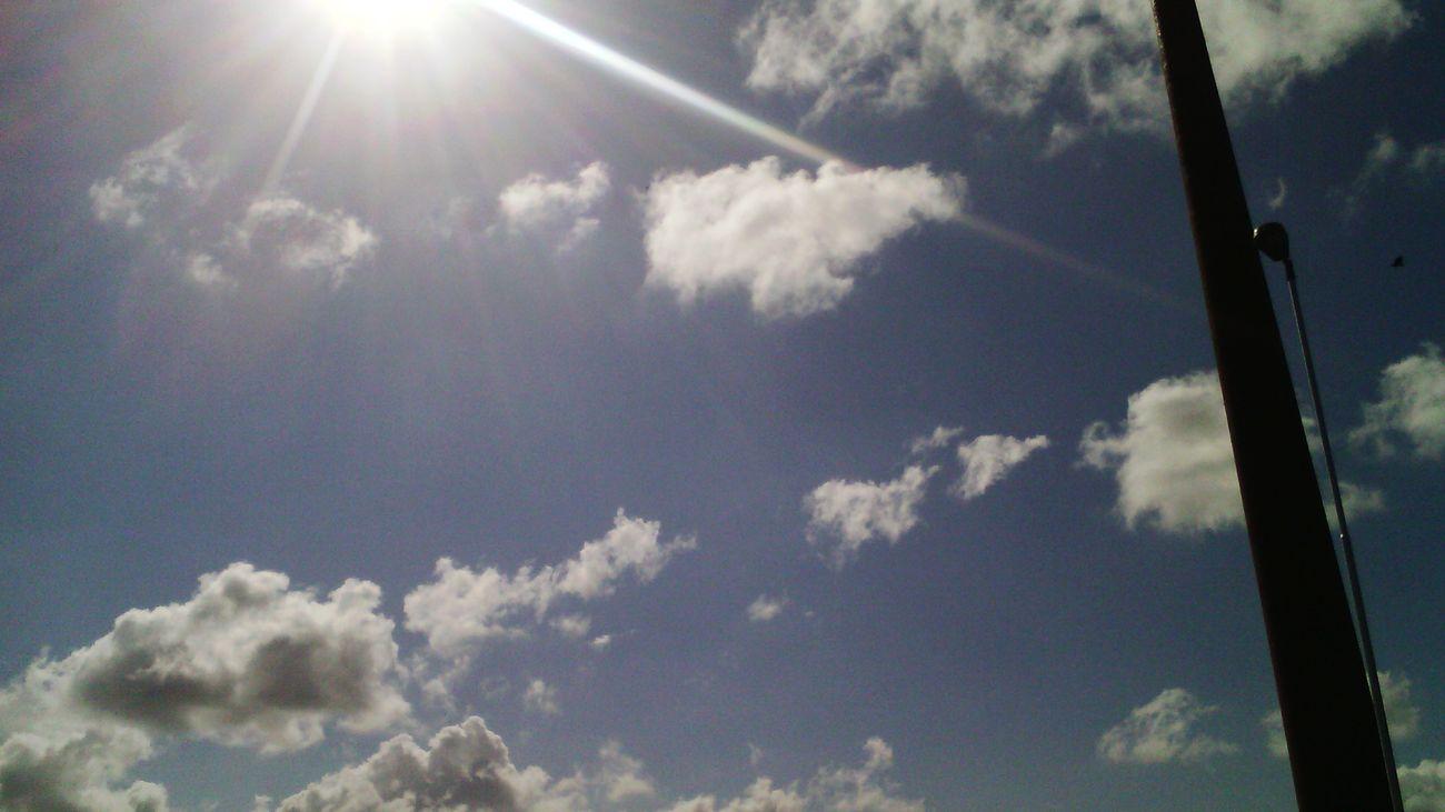 Céu E Nuvem.