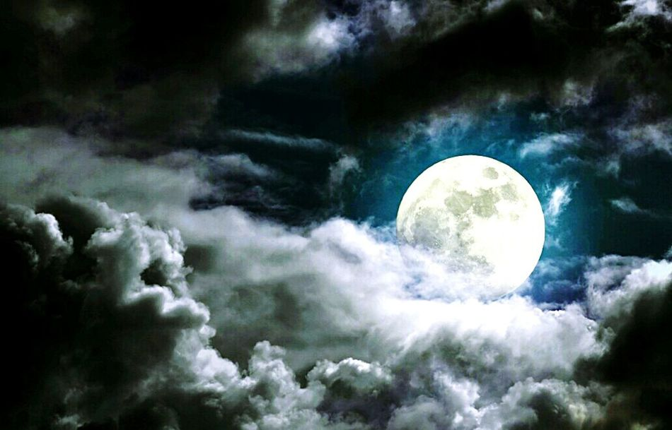 Moon Cloud - Sky Backgrounds Nature Outdoors Scenics No People Beauty In Nature Moon Surface Planetary Moon Astronomy Night Art EyeEmNewHere Black Scratch Artwork Check This Out Arts Culture And Entertainment Photography Nature Storm Cloud Glowing Moonlight