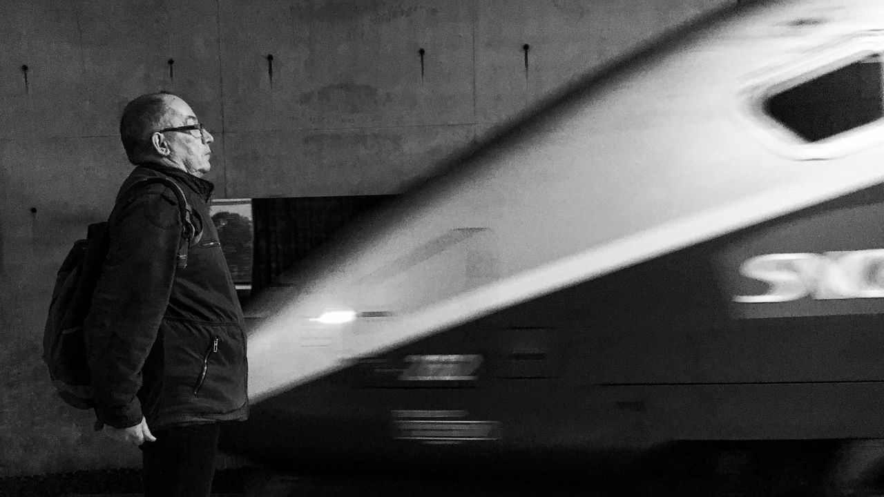 Capturing Motion while going South for Holiday Massy Gare TGV Black And White Blackandwhite Noir Et Blanc Train Train Station Transportation Standing EyeEm IPhoneography IPhone Photography Iphonephotography Iphonographie Mobilephotography Iphonegraphy Outofthephone IPhoneography Iphoneonly Motion Blurred Motion France