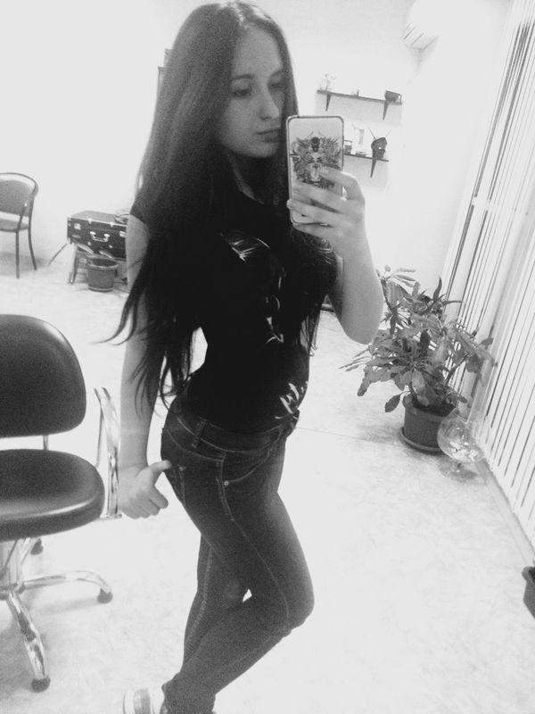 Metal!! Taking Photos Black Hair Metalgirl That's Me Me