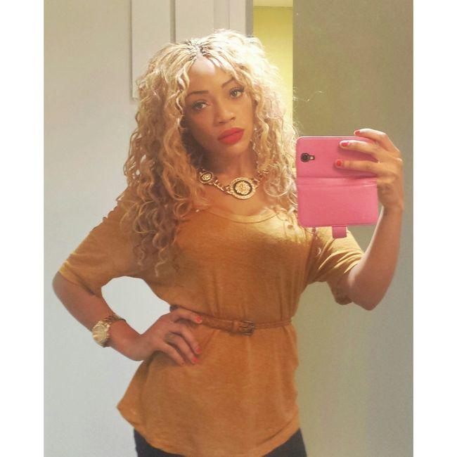 SchoolGirl✏ Selfie ✌ Curly Hair! Boldlips