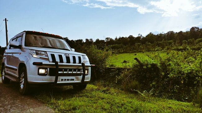 Mahindra Tuv300 Beast Sky Tourism Landscape Nature Land Vehicle Travel Journey Roadtrip Funrides Madikeri Coorgdiaries Coorg Chilling ✌