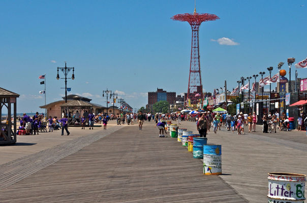 good times at Coney Island by Patou Uhlmann