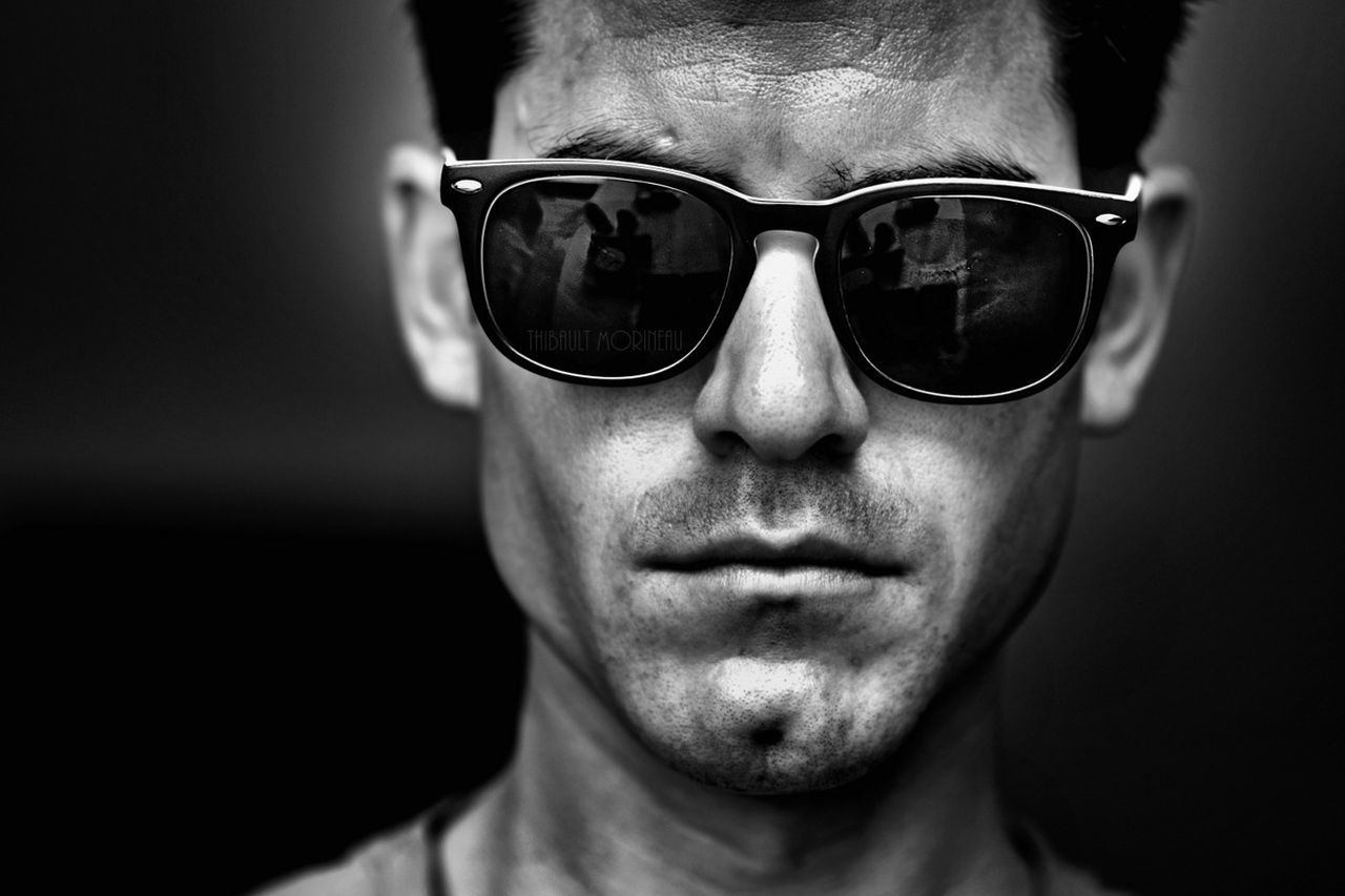 sunglasses, one person, front view, real people, close-up, human face, portrait, indoors, young adult, day