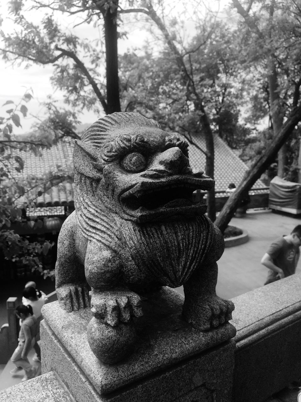 statue, sculpture, art and craft, animal representation, day, outdoors, monkey, tree, no people, animal themes, close-up, chinese dragon