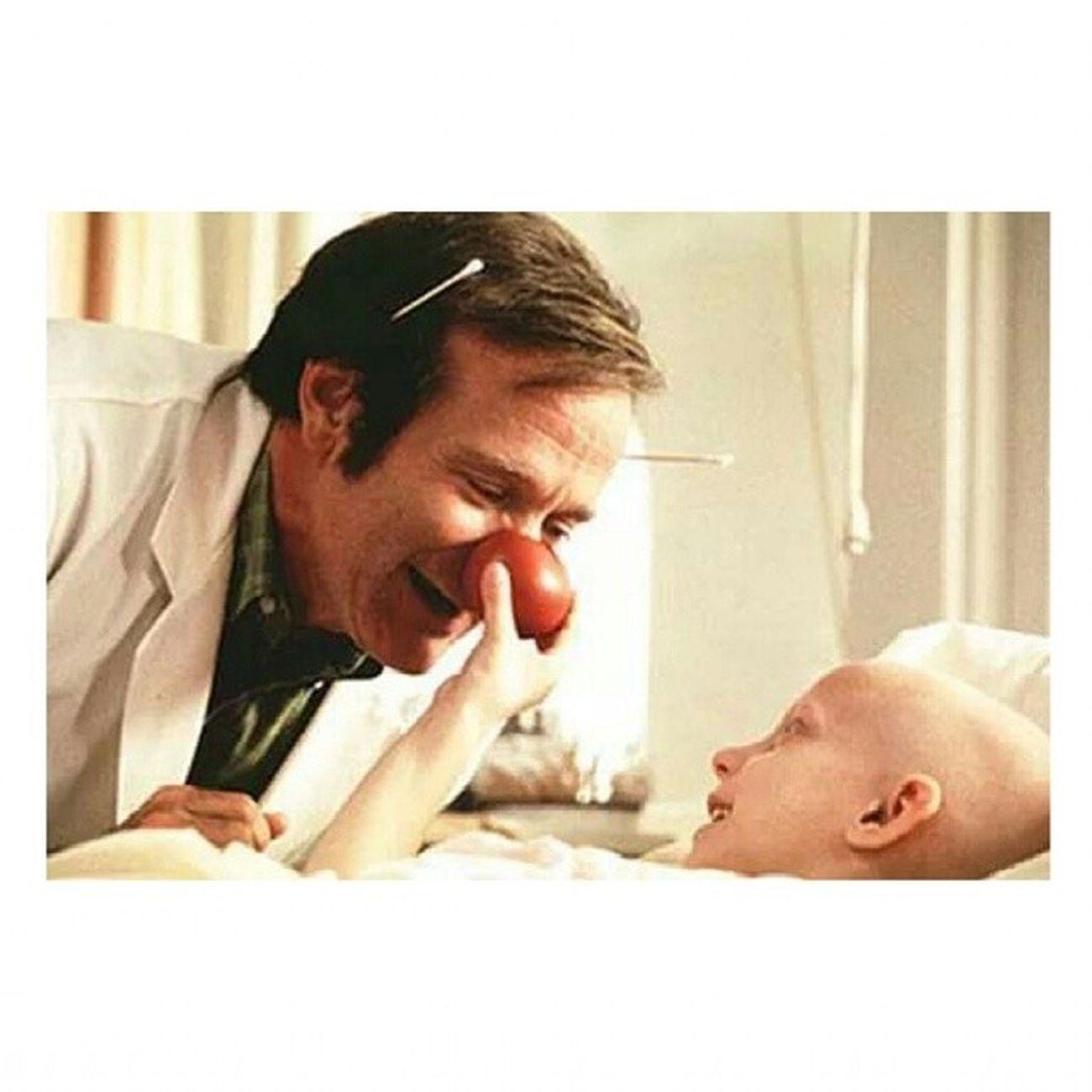 """""""Ridere non è solo contagioso, ma è anche la miglior medicina."""" Ciao ciao Robin Williams MrsDoubtfire Peterpan Jumanji Grazieditutto unodeimigliori. ♥"""