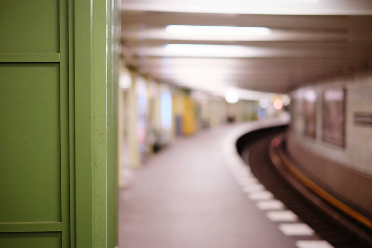 Curved subway stations are more interesting than straight ones. Endless possibilities wait here just around the corner. Along with rats. Ubahn Subway Subway Station Public Transportation Station Train Station Urban Notes From The Underground Just Around The Corner
