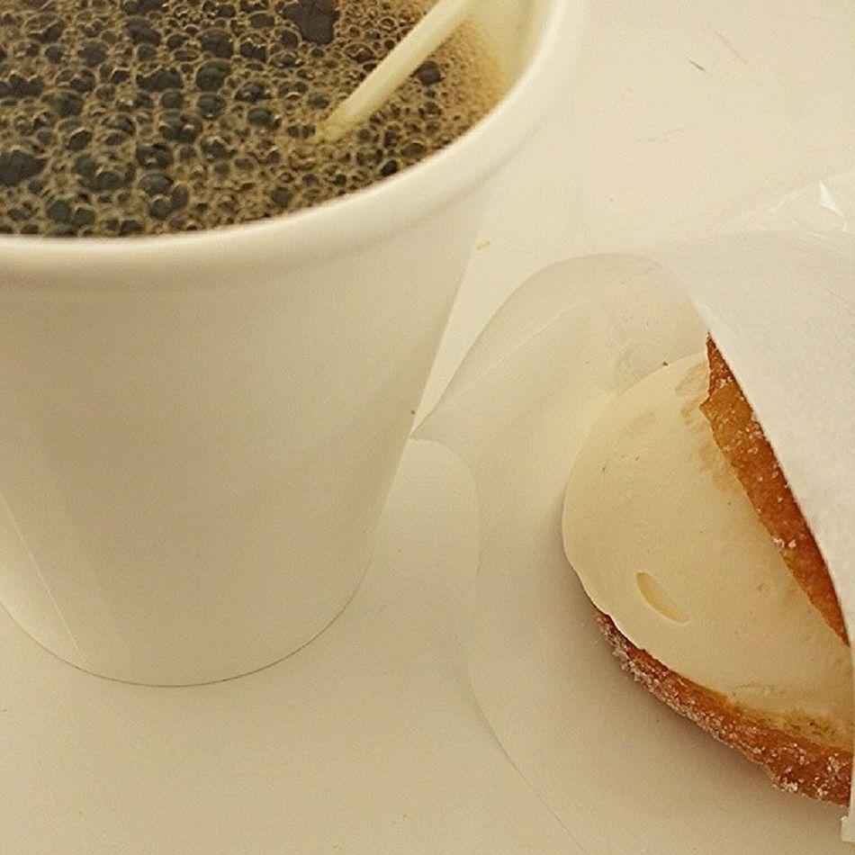 ice cream-filled doughnut and hot coffee. yes. fight! || Mt Fuji Gourmet Shibazakura Japan Foodtrip