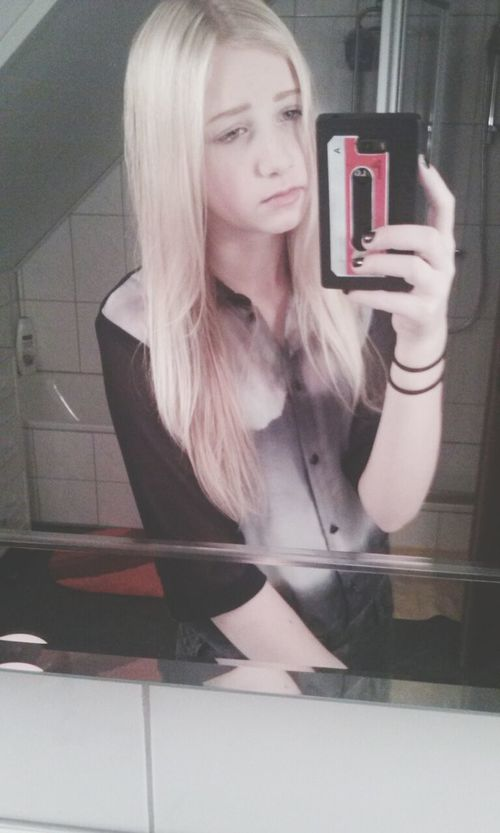 Me SelfieInMirror Handyphoto Whatup