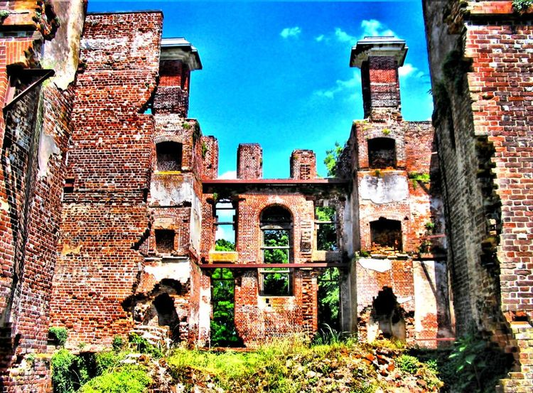The Ruins of Rosewell Arch Architecture Bad Condition Brick Wall Building Building Exterior Built Structure Damaged Day Deterioration Exterior Historic Historical Building History No People Obsolete Old Old Ruin Outdoors Rosewell Mansion Ruin Ruined Run-down Sky The Past