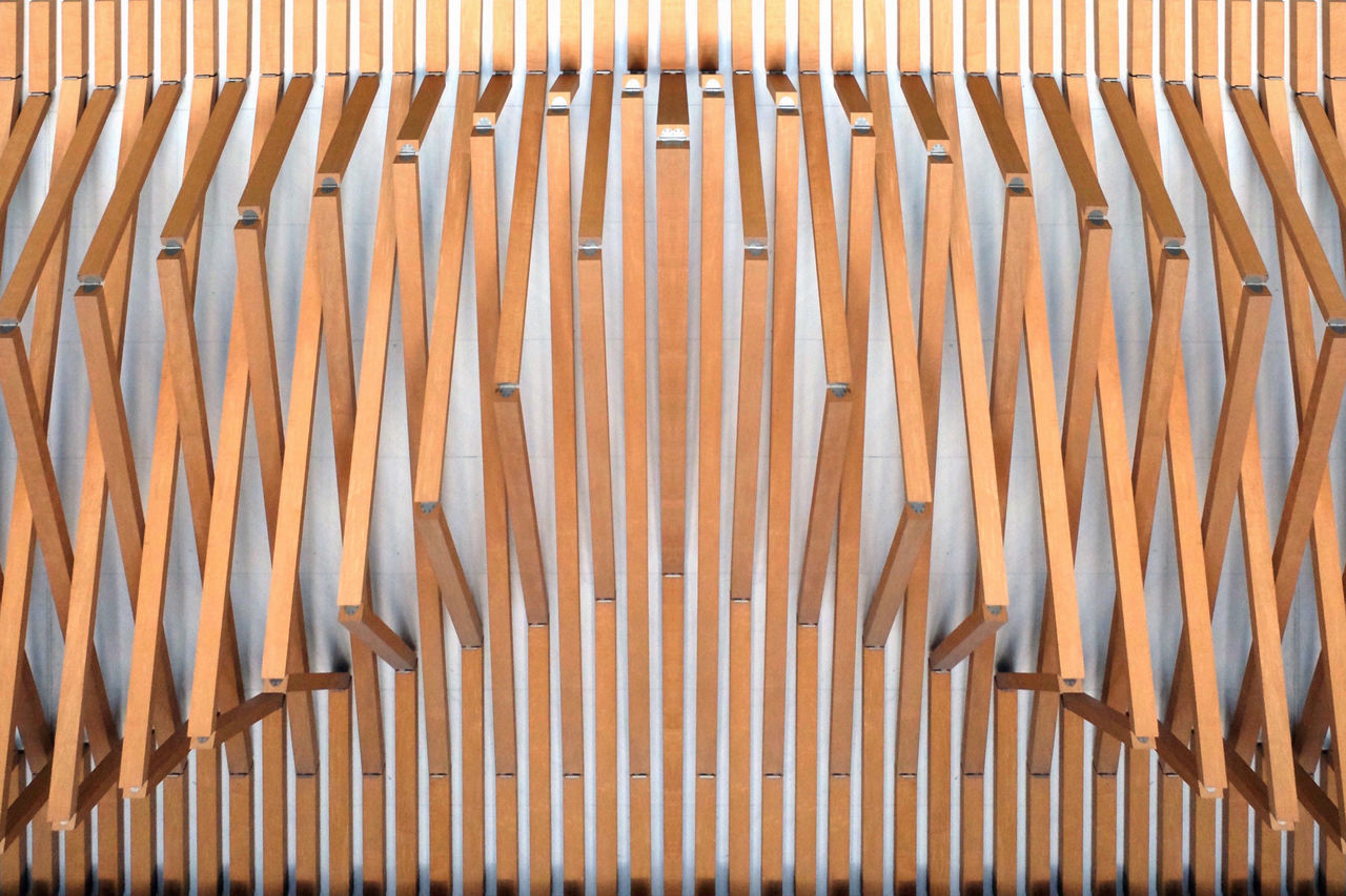The wall 04:02 PM│ Architectural Detail Architectural Feature Architecture Architecture_collection Art ArtWork Backgrounds Beautiful Beautiful Day Building Day Design EyeEmNewHere Fine Art Photography Indoors  Light And Shadow Minimalism No People Pattern Symmetry Textured  The Architect - 2017 EyeEm Awards Wall Wood Wooden