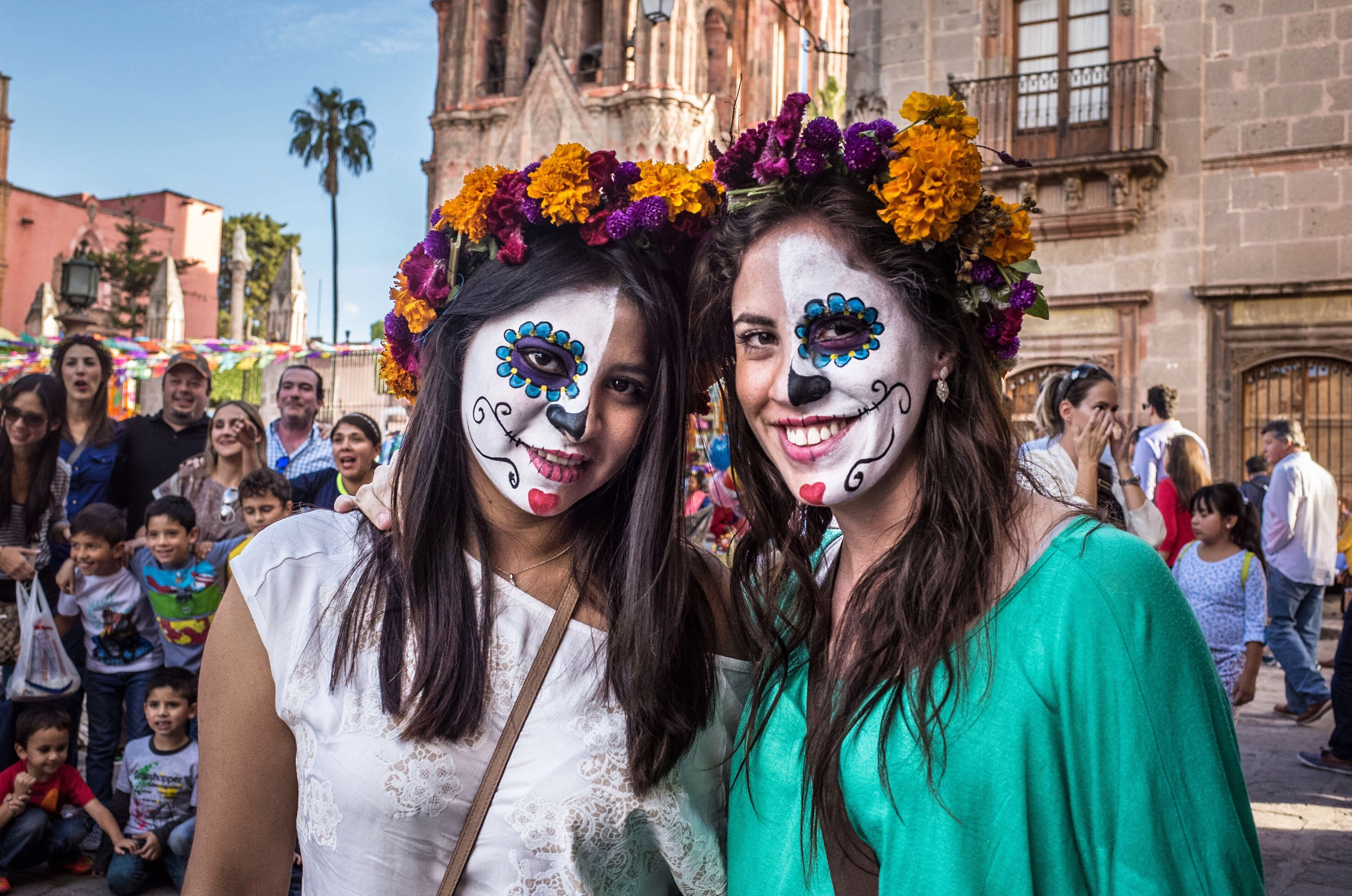 Day of the dead Streetphotography Diademuertos Portrait Traditions Mexico San Miguel De Allende Documentary Documentary Photography Streetphoto Costume Catrina Dayofthedead