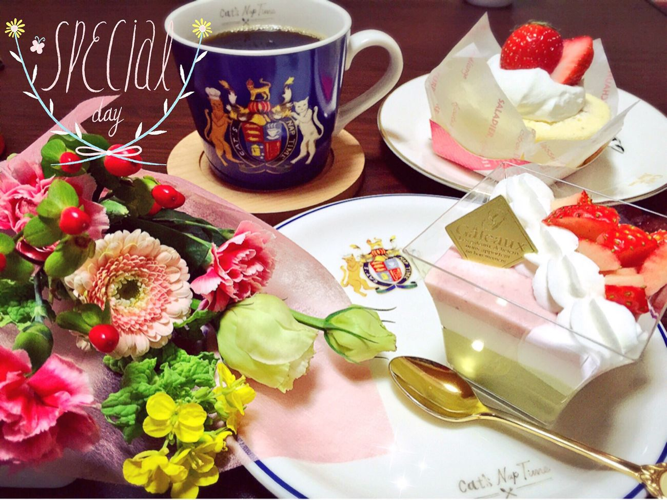 Flowers Flower Cakes Cake Strawberry Cake Strawberries Strawberry Coffee Coffee Time スイーツ ケーキ コーヒー