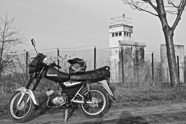 on Tour DDR DDR Grenze Eye4photography  EyeEm Gallery Hello World Hi Hi! Mecklenburg Mecklenburg-Vorpommern Moped Mopeds Motorcycle Motorcycle Photography Motorcycles On The Road Outdoor Retro Simson Simson S53