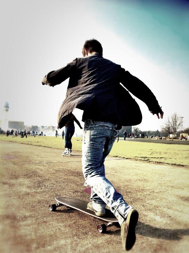 Skateboarding at Flugfeld Tempelhof Skateboarding