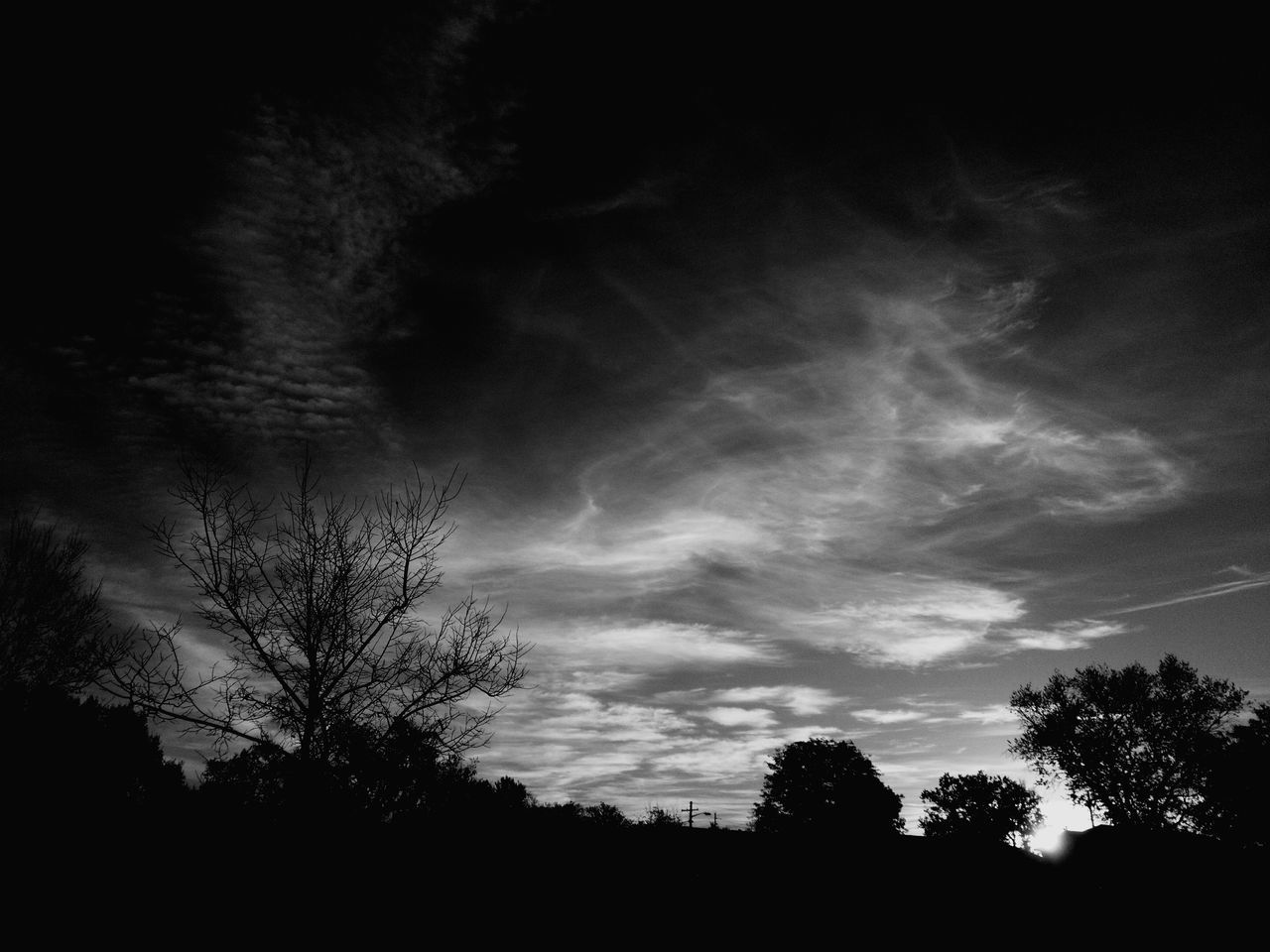 Morning In Mourning Silhouette Sky Beauty In Nature Dramatic Sky Macabre Macabre Photo Cloud - Sky East Cloudscapes Sunrise_Collection Sunrise_sunsets_aroundworld Sunrise Silhouette Illuminated Cloudscape Series Morning Sun Cloud Sunrise Beauty In Nature Sunlight Cloudscape Macabre Art Warhol Inspired Monotone Blackandwhite