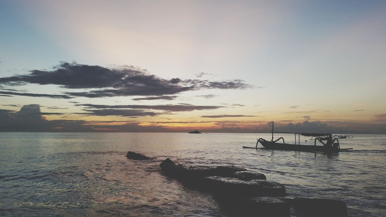 Balisunrise Sunrise Traveling LivingLife Bali, Indonesia Boats⛵️ Relaxing NatureIsBeautiful Cantgetenough