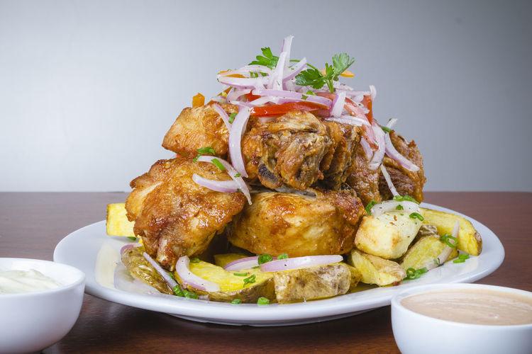 Chicharon de Pollo Chicken Food Plate Peruvian Food Peruvian Cuisine Chicharon Food Food And Drink Food Porn Fusion Food Peruvian Culture Potatoes Traditional Food