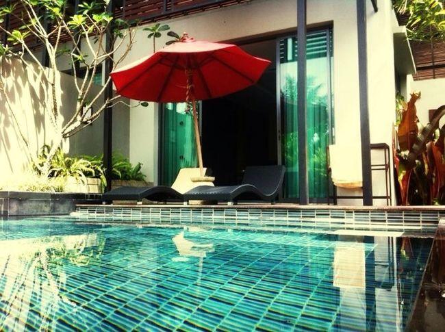 Unser Pool in der villa