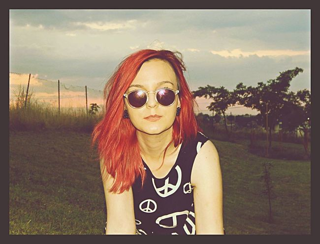 RedHAIR ❤ Redhair That's Me Lovethispicture Glasses Peace Hippielife Hippie ✌ Hippie Hippiegirl Peacedress Lovethisdress Nature Photography Nicesky Skylove