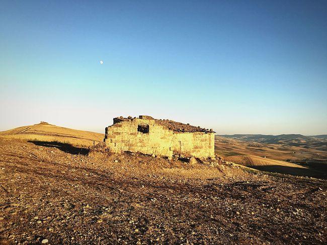 Sunset Moon Landscape House Countryside Italy (null)Basilicata Scenics