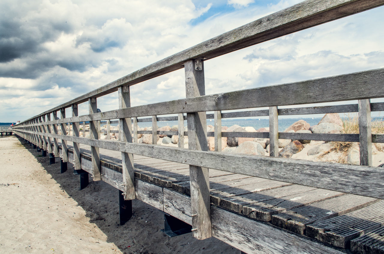 Autumn Beach Beachphotography Sea Eastsea Germany Seaside Seaside_collection Timmendorfer Strand Timmendorf Holidays Stay Bridge Wide Angle Wideangle Lens Wideangle Beatiful Awesome Sea And Sky Sea View Naturelovers Jetty Pier Outside Photography Archtecture