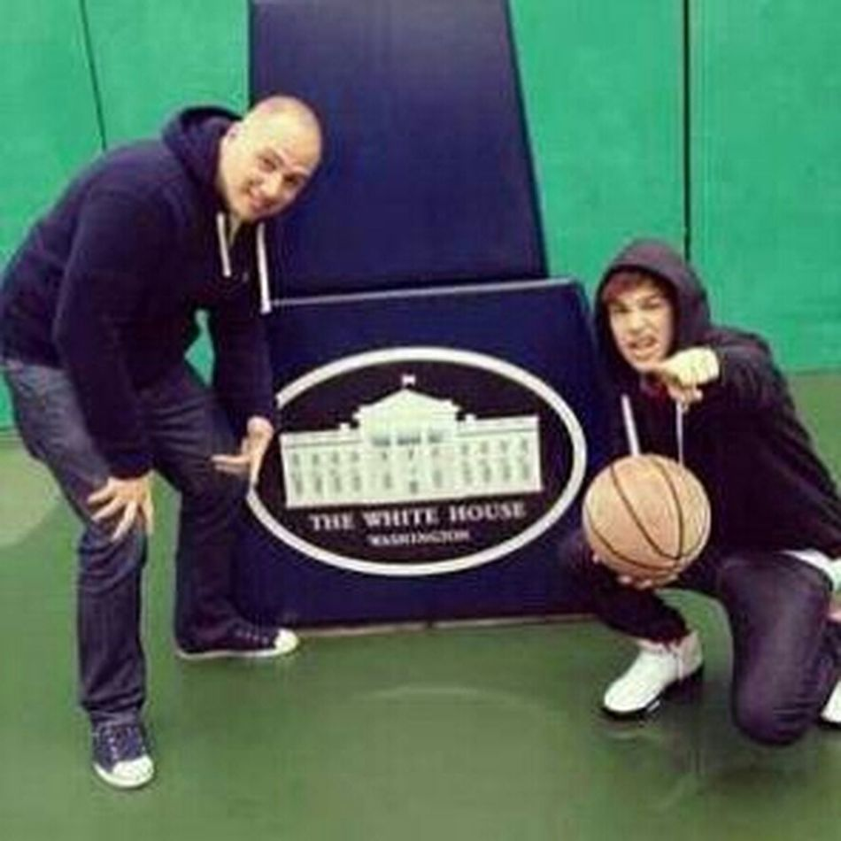 Ballin At The White House On Obama's Court!