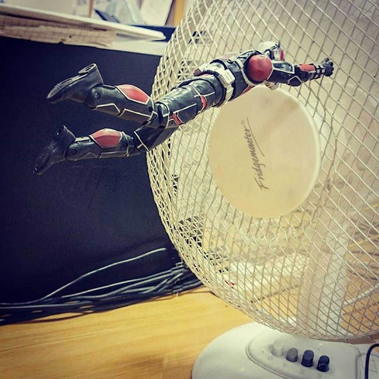 Putting buddy through some resistance training. 👍 JANTMANuary day 16 Toyptoyphotography Toyunion Antman Marvel Marveltoys Toydiscovery Toptoyphotos Epictoyart Toward Toy_syn Toycrewbuddies Toycollectorsunited Toycommunity Wheretoysdwell Justanothertoygroup Toyslagram Toysaremydrug