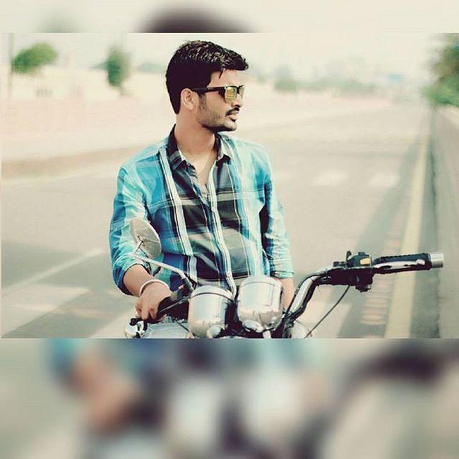 Sunkissed Morning Bullet Randomclick DSLR Vinay Harshit Sutta Tea Lucknow (: