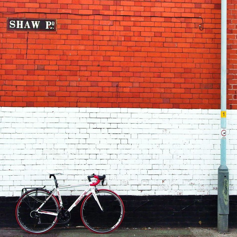 Beautiful stock photos of fahrrad, Architecture, Bicycle, Brick Wall, Brown