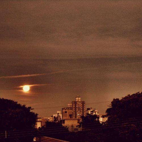 Tirada há alguns anos atrás... Luadefogo Moon Adoradoresdalua _heater lua