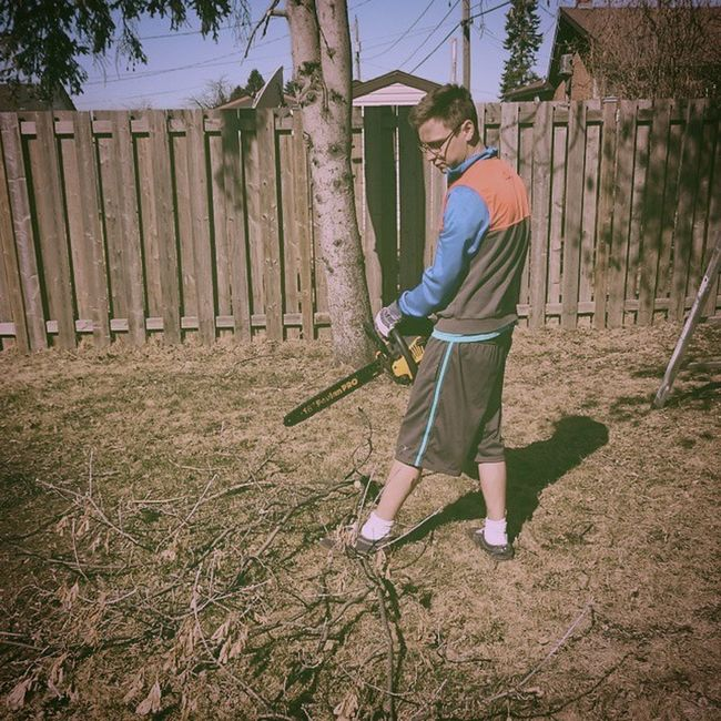I learned how to use a chainsaw today. Buckingtwigs Chainsaw Imamannow