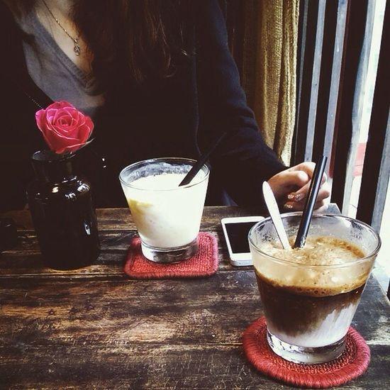 Coffee Relaxing Rainy Days Hanoi Congcaphe