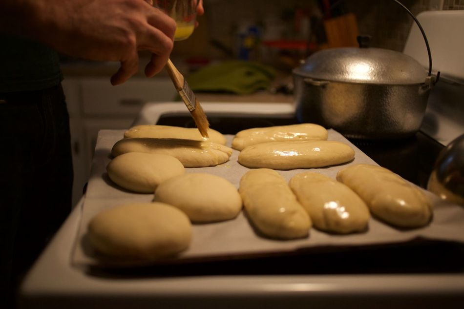 Bread Breadmaking Close-up Cooking Food Lifestyles Oliveoil Preparation  Selective Focus