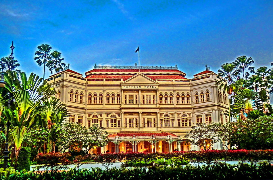Blue Color The Street Photographer - 2016 EyeEm Awards Building Facade Buildings Buildings & Sky City Cityscapes Colors Outdoors Scenic View The Essence Of Summer The Great Outdoors – 2016 EyeEm Awards Singapore City Raffles Hotel  Raffles Singapore Scenery Scenic Landscapes Colorful Scenery Shots Famous Landmarks Famous Building Famous Hotel The Architect - 2016 EyeEm Awards The Innovator