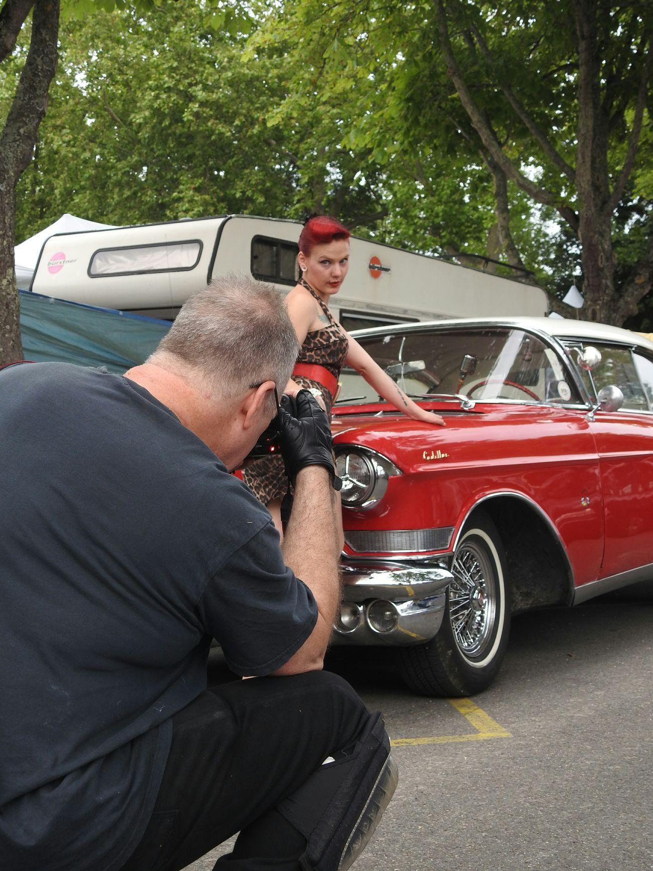 Le photographe et son modèle Models Photographing Photographers Pinup Fashion Tattoomodels