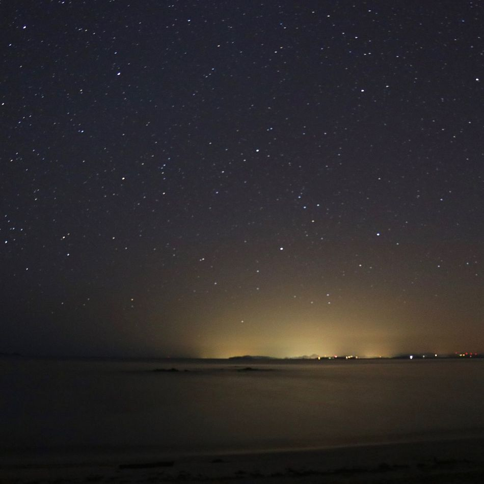 Palombaggia sous les étoiles 🌌 - - PalombaggiaByNight Palombaggia Corse Corse-du-sud Portovecchio Porto-Vecchio Stars Etoiles Sardegna Sardaigne  Beauty In Nature Night Scenics Nature Tranquil Scene Tranquility Outdoors Sea Water No People Sky Star - Space Galaxy Astronomy