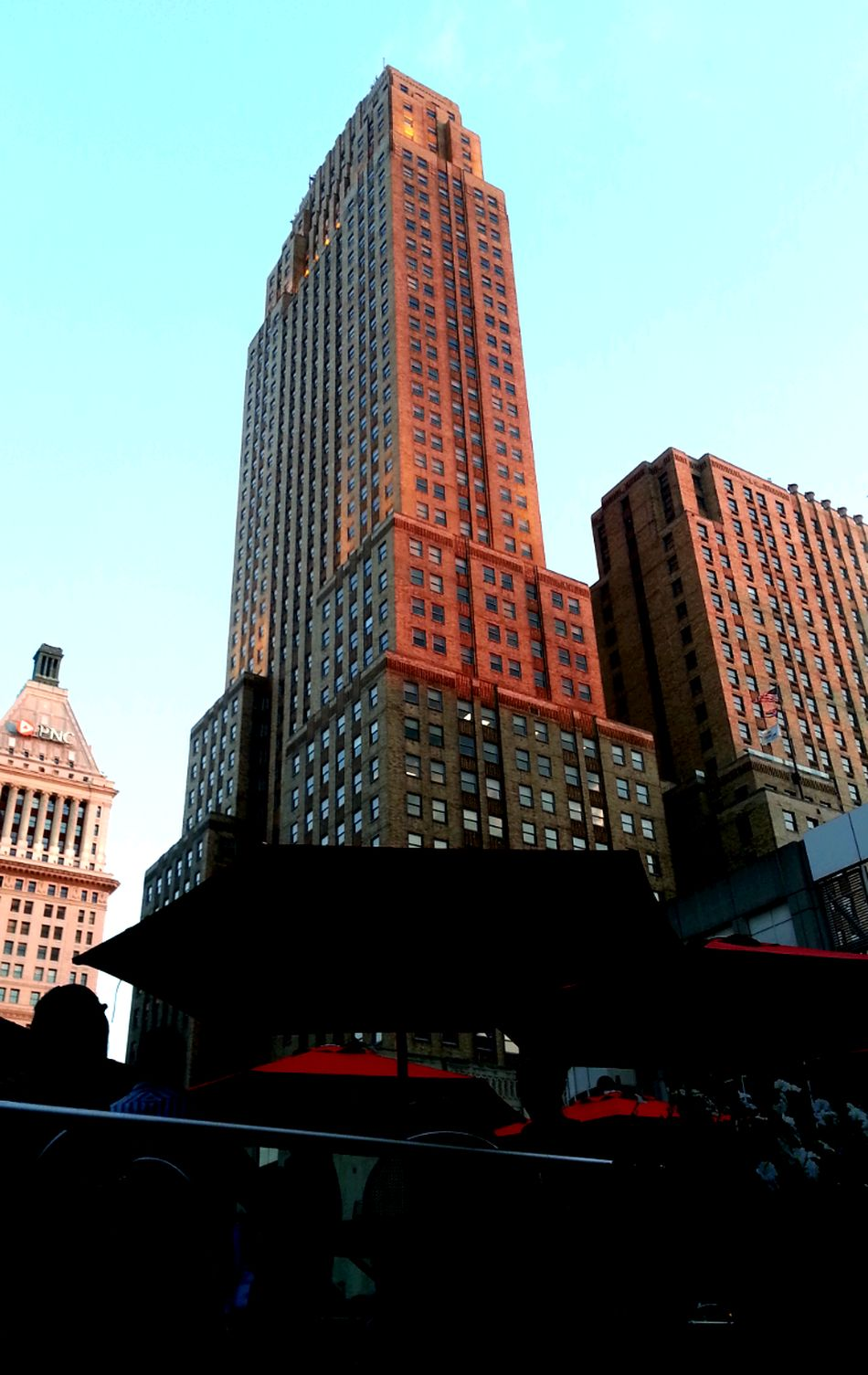 Walking Around City Skyline Carew Tower Sky Scrapers Downtown Cincinnati