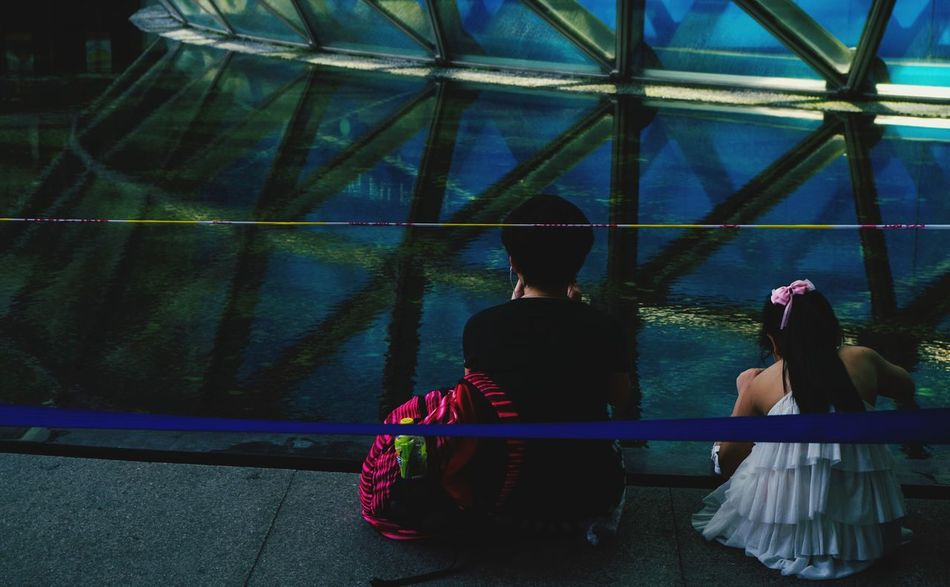 Relax Two People Young Adult Young Women Sitting Lifestyles Relaxation Leisure Activity Outdoors Friendship Togetherness Day Shanghai Natural History Museum Pattern The Secret Spaces EyeEm Diversity