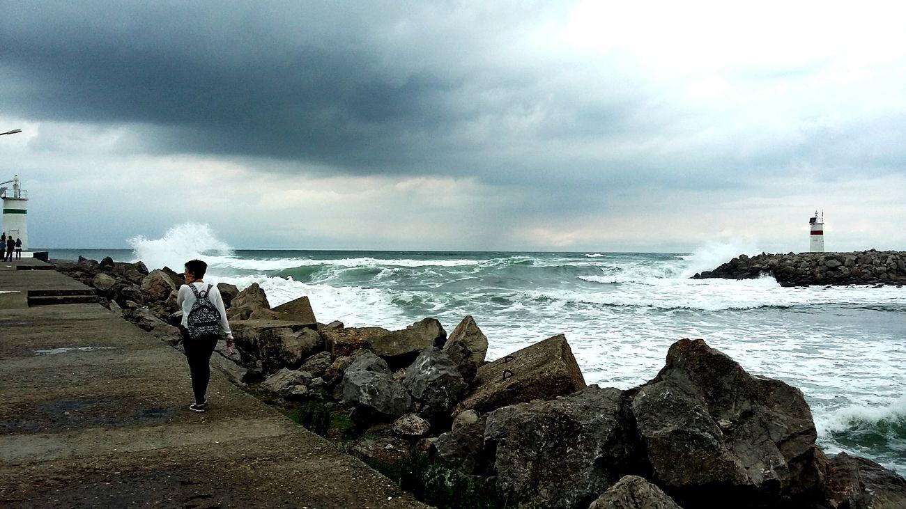 Karadeniz Hırçın Dalgalar Ağvasahil First Eyeem Photo
