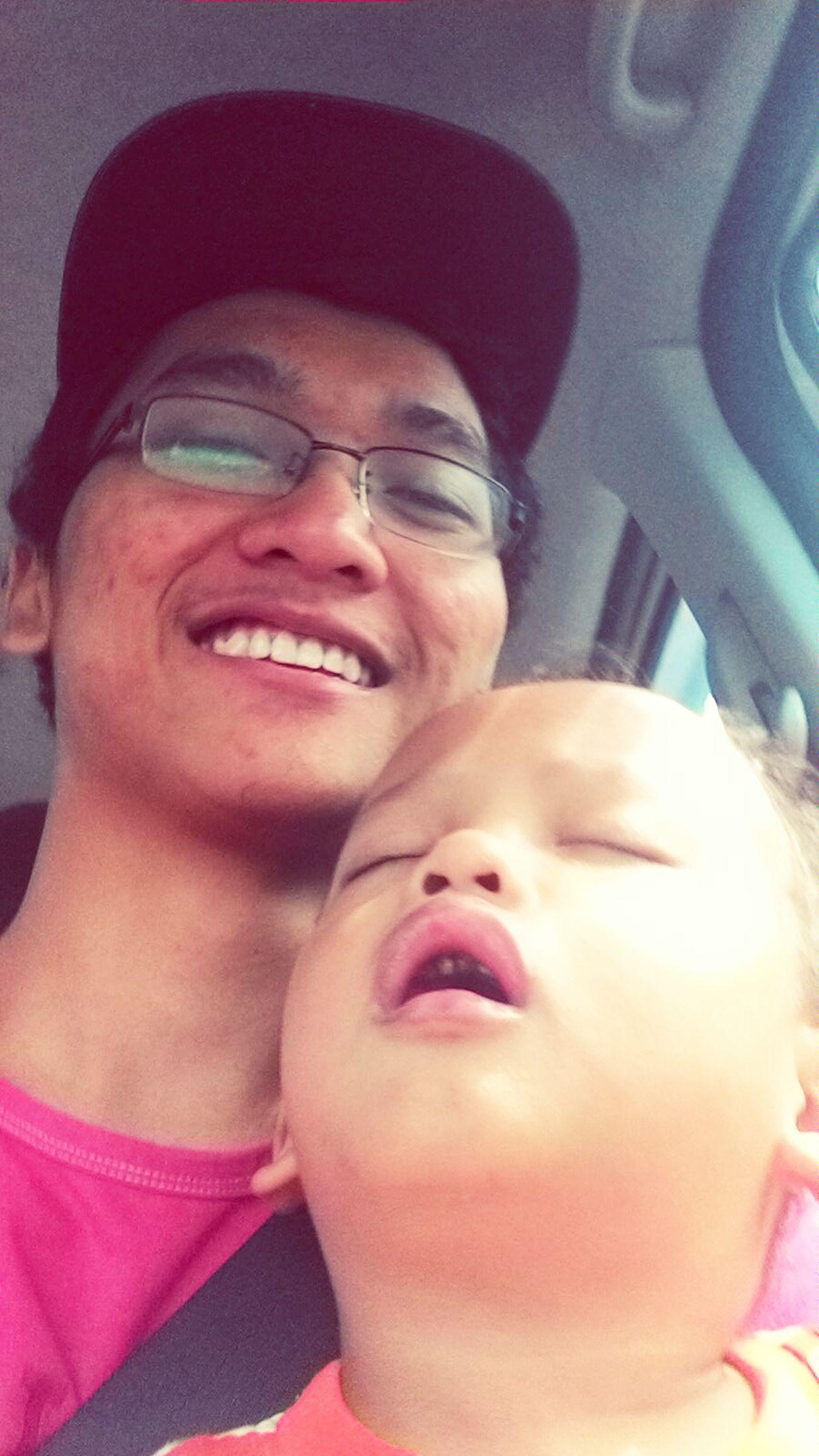 Littlebrother Noteethsmile Sleepy with Rainy Days