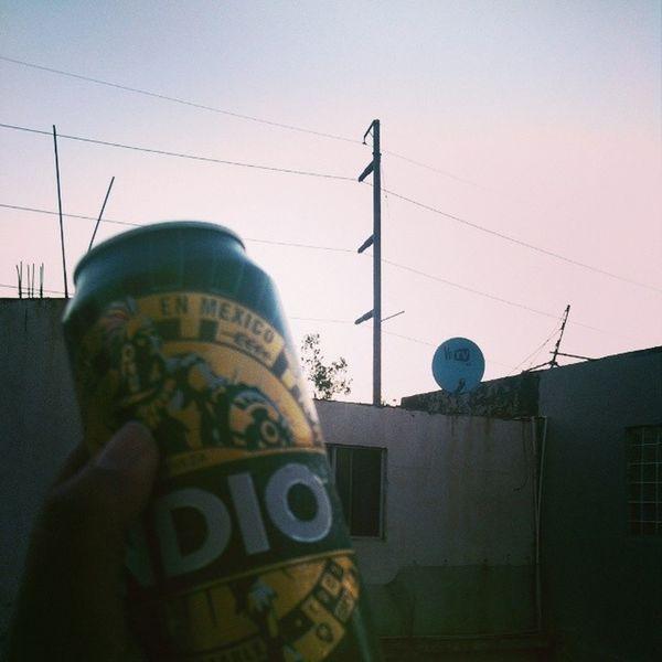 Azotea, cheve, friends<3 Ozeta Cheve Beer InDiO Ribulihils Tijuas Tj Sunset Atardecer